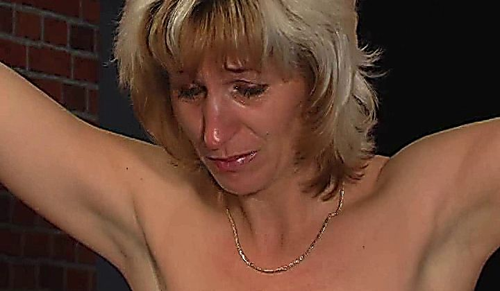 Bdsm - 010 Slavegirl's Elite Pain Castings Anna (30 Years)